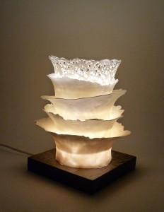 Lampe-Porcelaine-et-wenge-01